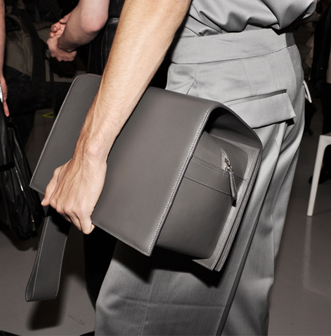 The bag, the pants.... yes please!