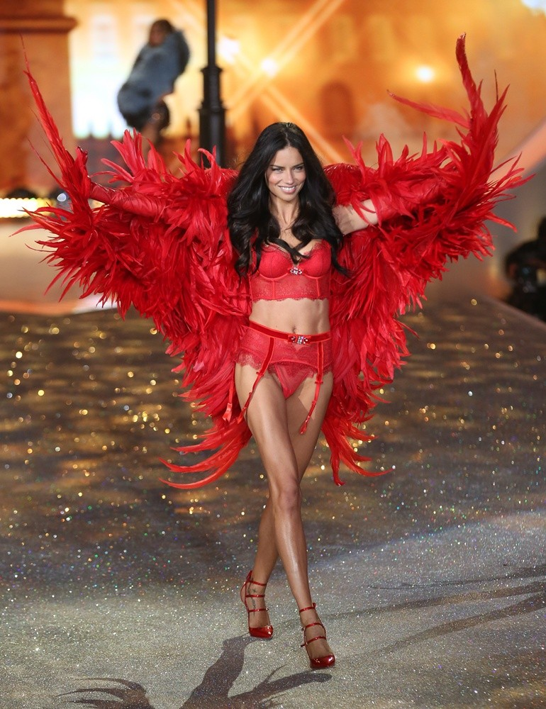 2013 Victoria's Secret Fashion Show