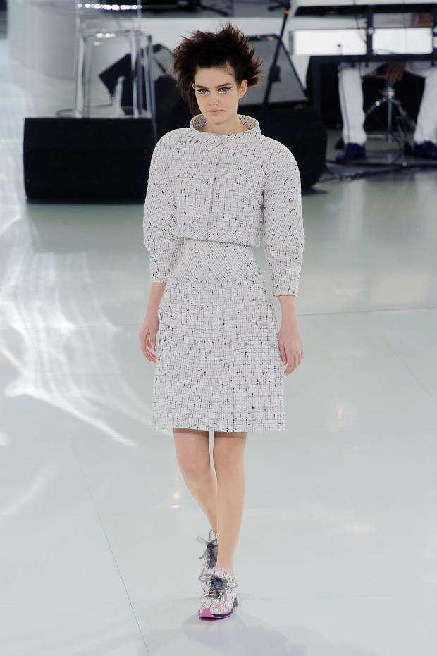 chanel-haute-couture-spring-2014-pfw-lifeunderaluckystar-kriscondebolos19