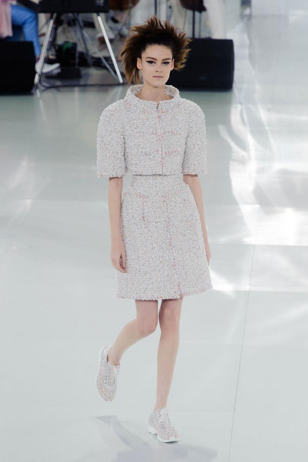 chanel-haute-couture-spring-2014-pfw-lifeunderaluckystar-kriscondebolos110