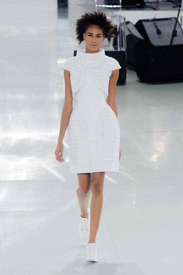 chanel-haute-couture-spring-2014-pfw-lifeunderaluckystar-kriscondebolos112