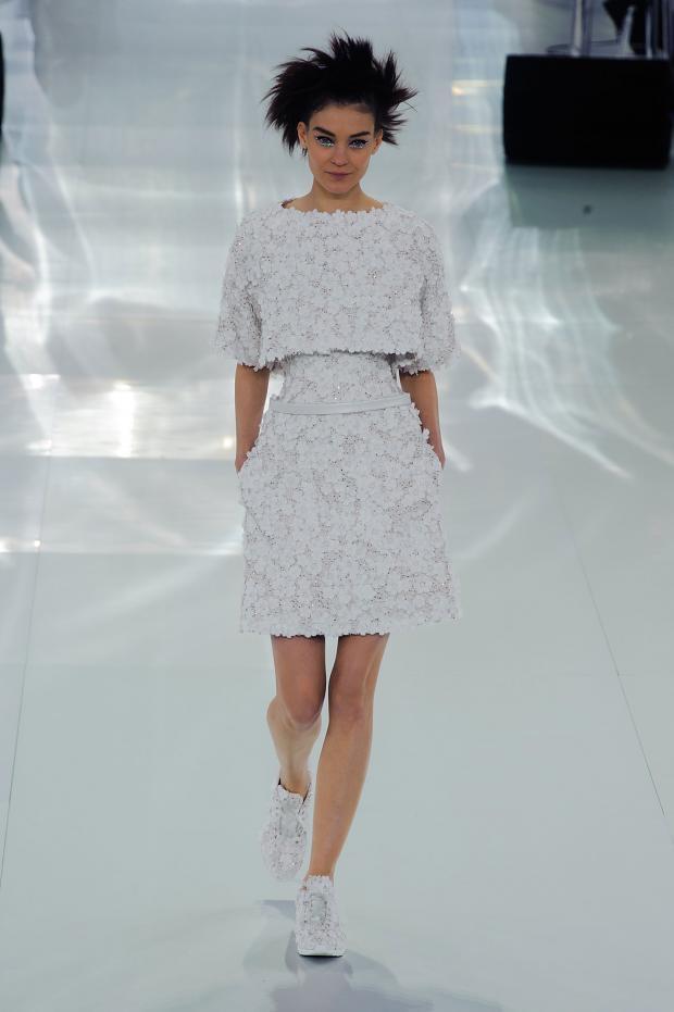 chanel-haute-couture-spring-2014-pfw-lifeunderaluckystar-kriscondebolos12