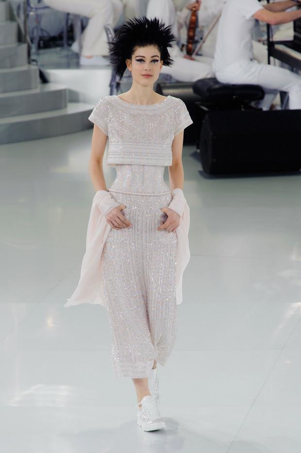 chanel-haute-couture-spring-2014-pfw-lifeunderaluckystar-kriscondebolos123