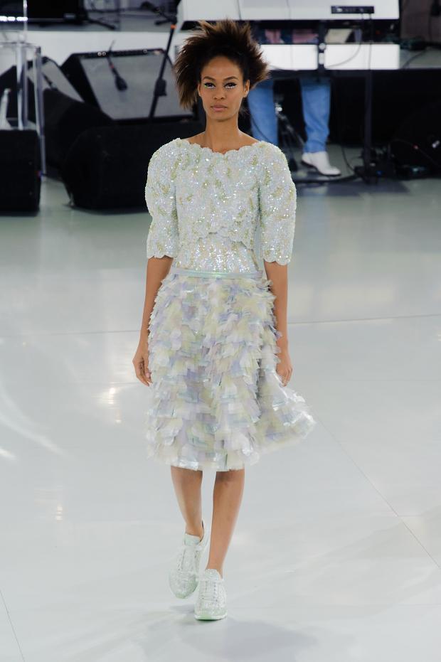 chanel-haute-couture-spring-2014-pfw-lifeunderaluckystar-kriscondebolos125