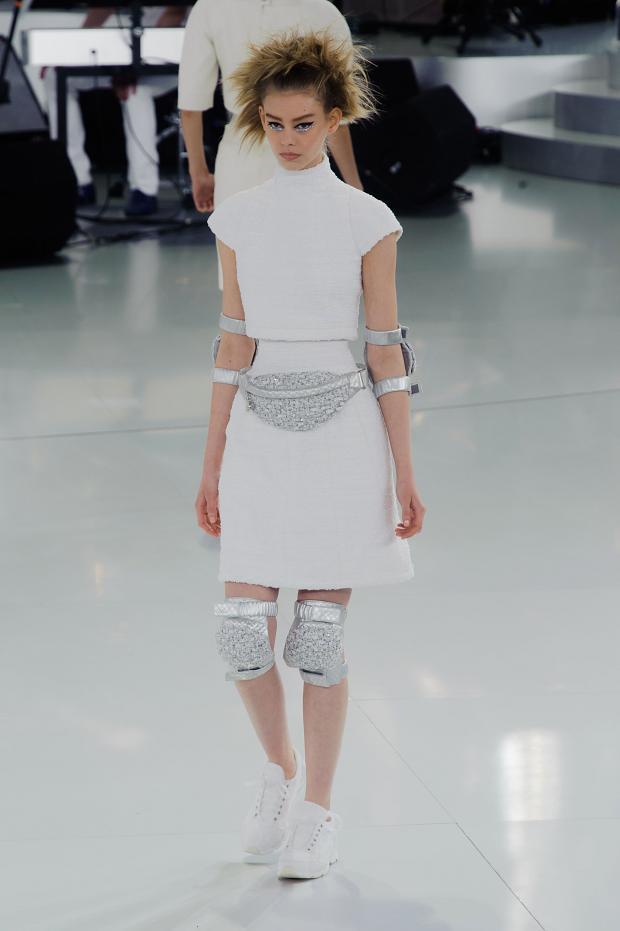 chanel-haute-couture-spring-2014-pfw-lifeunderaluckystar-kriscondebolos15