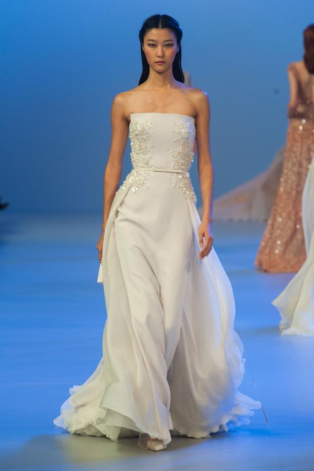 elie-saab-haute-couture-spring-2014-pfw-lifeunderaluckystar-kriscondebolos8