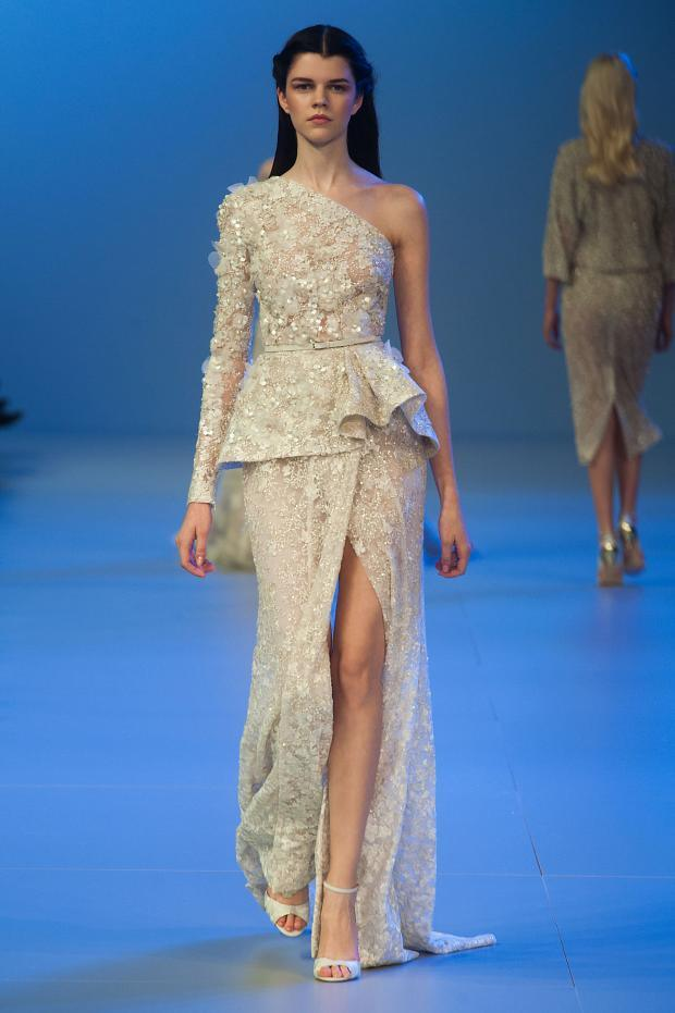elie-saab-haute-couture-spring-2014-pfw-lifeunderaluckystar-kriscondebolos111
