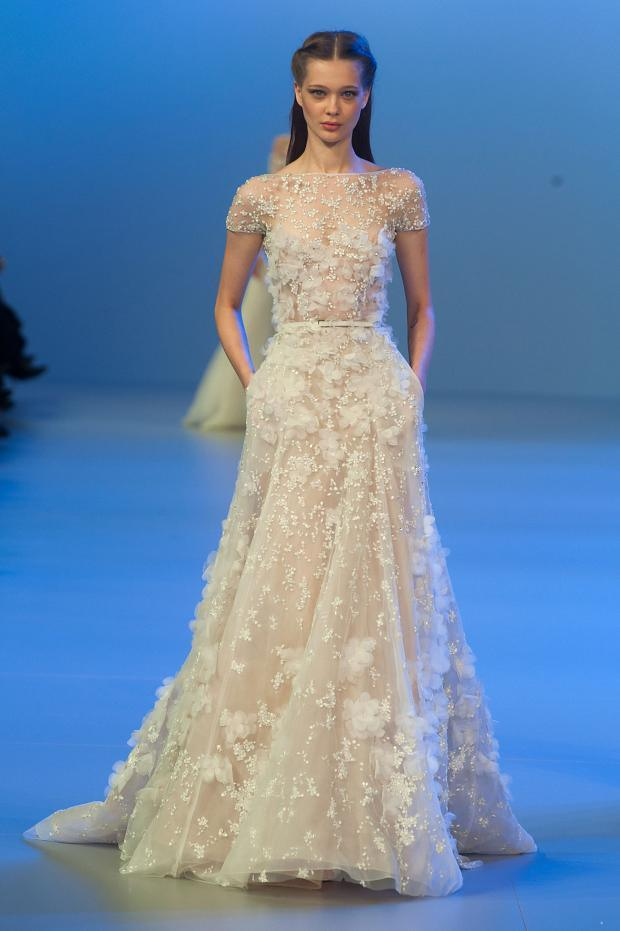 elie-saab-haute-couture-spring-2014-pfw-lifeunderaluckystar-kriscondebolos112