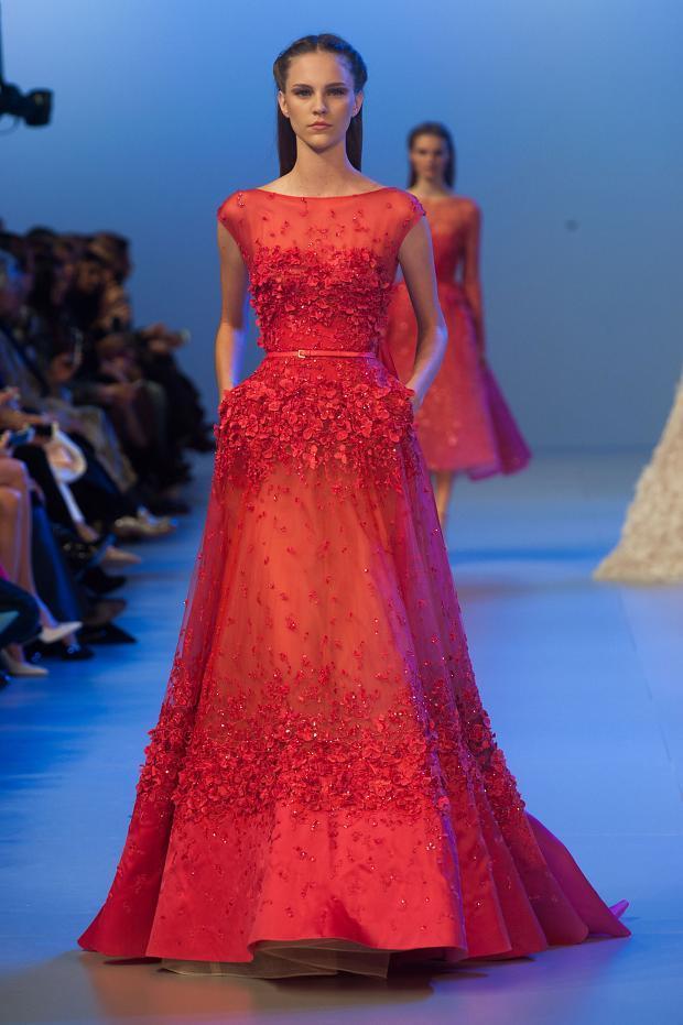 elie-saab-haute-couture-spring-2014-pfw-lifeunderaluckystar-kriscondebolos114