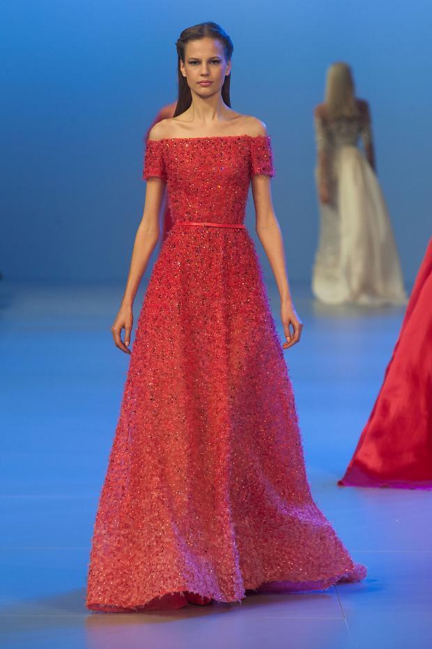 elie-saab-haute-couture-spring-2014-pfw-lifeunderaluckystar-kriscondebolos116