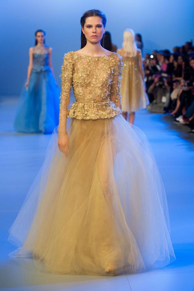 elie-saab-haute-couture-spring-2014-pfw-lifeunderaluckystar-kriscondebolos121