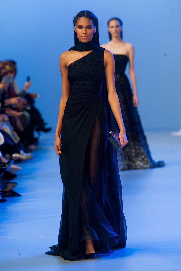 elie-saab-haute-couture-spring-2014-pfw-lifeunderaluckystar-kriscondebolos132