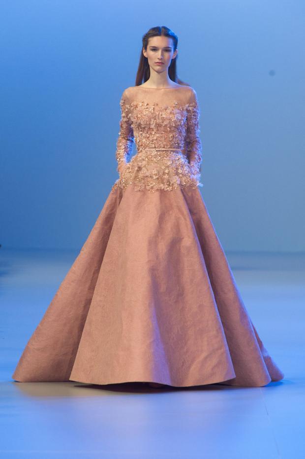 elie-saab-haute-couture-spring-2014-pfw-lifeunderaluckystar-kriscondebolos3