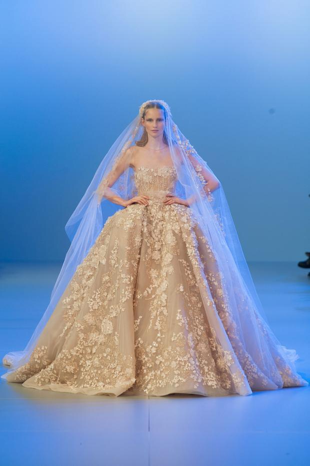 elie-saab-haute-couture-spring-2014-pfw-lifeunderaluckystar-kriscondebolos139