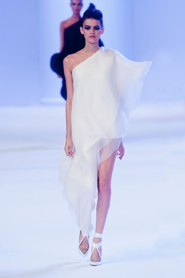 stephane-rolland-couture-haute-couture-spring-2014-pfw-lifeunderaluckystar-kriscondebolos14