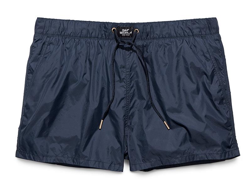 David-Beckham-swimwear-hm120-lifeunderaluckystar-kriscondebolos
